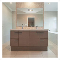 Ensuite with floor to ceiling tiles